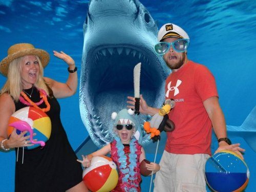 shark-theme-photo-night-with-family-of-3.jpg