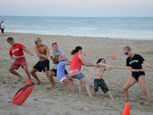 Another Photo of Free Beach Family Olympics Tug of War